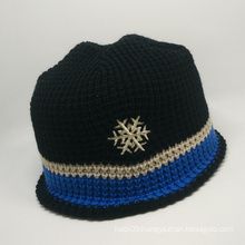custom high quality knitted cap with snowflake embroidery