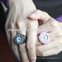 Vente en gros 2016 Fashion Dernier Ring Watch Colorful Ring Watch Design pour Femmes JZB014