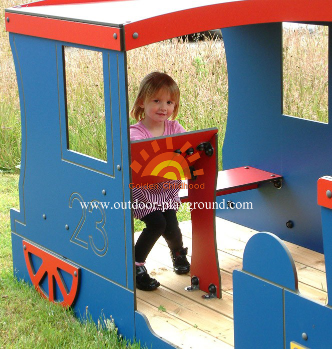 Customized Children Outdoor Playhouse