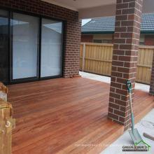 Terrasse de jardin merbau solide en aluminium résistant aux fissures