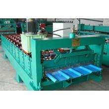 Machine de formage de rouleaux de panneaux muraux en acier de couleur