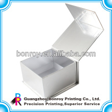 Buena calidad caja de embalaje de perfume hecha por cartulina de plata
