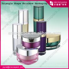 China Beautiful Design Pink Triangle Shape Cream Jar 10ml 15ml 30ml 50ml Unique Shaped Plastic Bottles