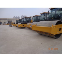 XCMG 12 ton vibratory manual road roller XS123