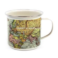 Mapa do mundo esmalte xícara de café de estanho com OEM Design e aro ss para presente
