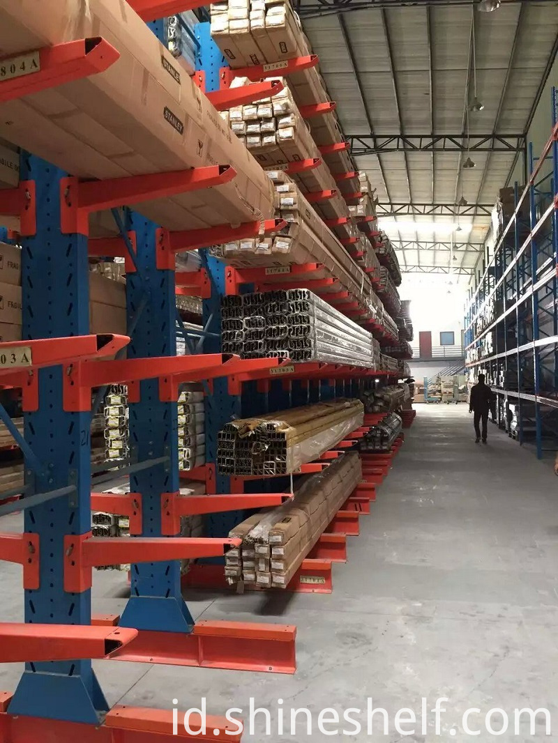 Cantilever Racking Show