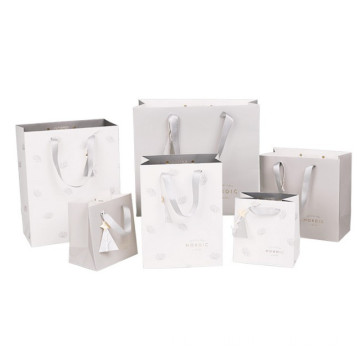 Different+size+white+paper+bag+with+handle