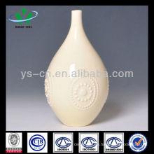 Florero tallado de la decoración de la cerámica de marfil