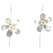 Boucles d'oreilles en perles d'argent 925 en or de qualité supérieure de mode Lady Jewelry (E6572)