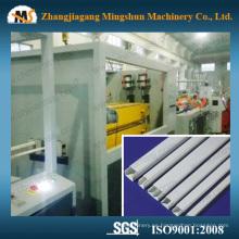 Máquina de trunking del cable eléctrico del PVC sólido