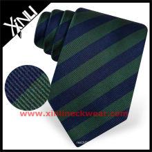 Gravata famosa preta contínua da marca