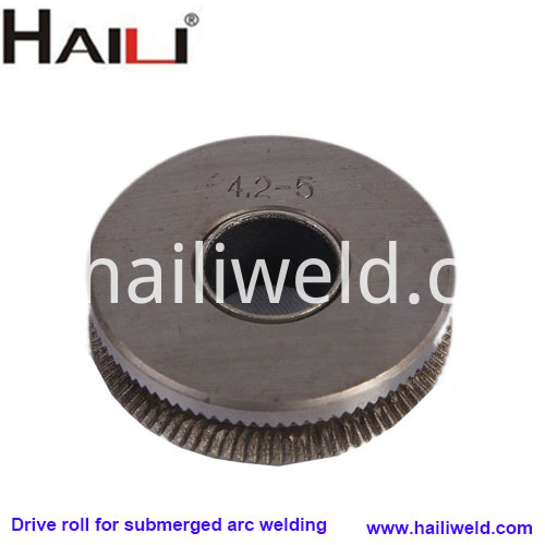 Drive roll for submerged arc welding