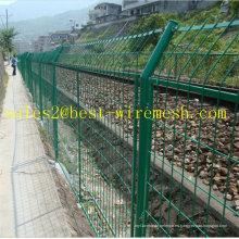 Estructura de protección ferroviaria