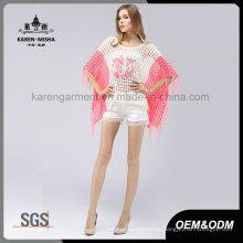 Suéter de poncho de gran tamaño con borde festoneado en color rosa
