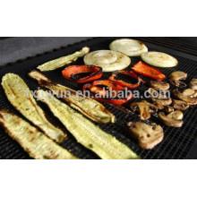 "Grilling Mesh - Non-stick Grade Mesh ""Rollable"" Cooking Pan - Laváveis e reutilizáveis, para uso indoor ou ao ar livre do BBQ"