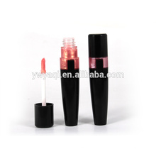 Usine direct fournir oem marque liquide imperméable à l'eau brillant à lèvres avec MDD