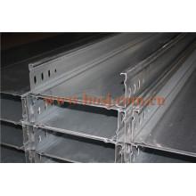 Bandeja del cable DIP caliente Galvanizado Espesor del cinc ISO1461 Rollo que forma la máquina Qatar