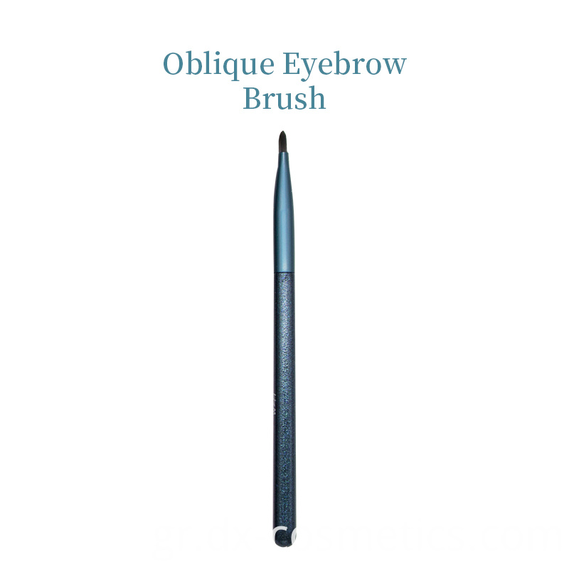 Oblique Eyebrow Brush