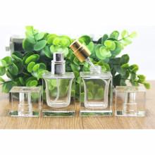 OEM / ODM Bouteille de parfum en gros avec pulvérisateur de pompe