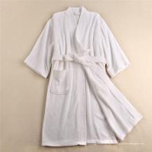 Высококачественный удобный белый халат Quick Pry (WSB-2016021)