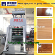 Multi-layer hot press machine of high light board / for high glossy flooring
