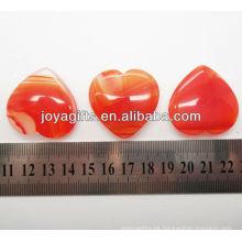 Natural forma de corazón de ágata roja 35MM