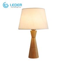 Petite lampe de table en bois LEDER