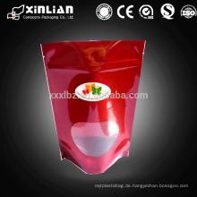 Hochwertige Aluminiumfolie steht auf der Tasche mit klarer Platte