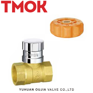 brass color lockable ball valve