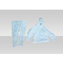 Vêtements de camouflage fendus de neige