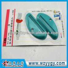 Beliebte benutzerdefinierte Werbe Kunststoff Zahnpasta Halter squeezer