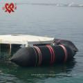 Passé le bateau de CCS CCC14S9 de CCS soulevant, se déplaçant et se lançant des airbags marins en caoutchouc