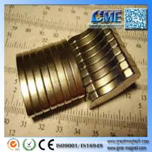 Neodym-Magnet in Festplatte Unregelmäßige Formen von Magneten