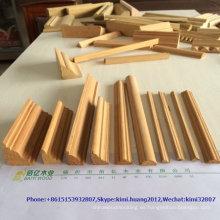 moldura de zócalo de madera maciza antigua