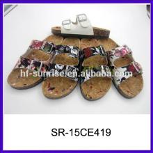 Nuevos deslizadores planos con estilo de las señoras diseña las sandalias 2015 del deslizador de las señoras de la PU