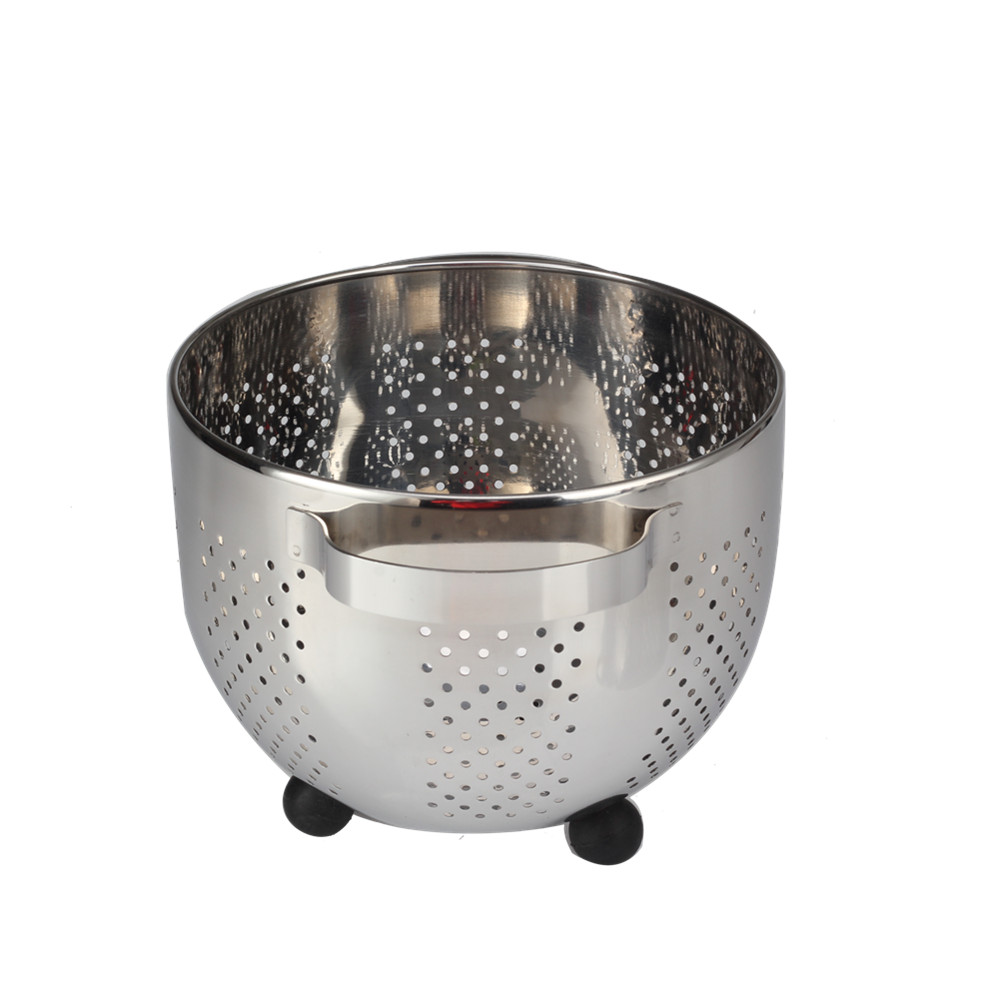 colander with wide handle