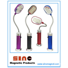 Lampe de poche magnétique colorée pour travailler et enseigner
