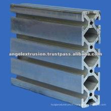Profilé en aluminium pour application industrielle