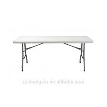 Table pliante de camping en plein air