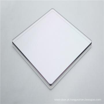 Portas deslizantes de policarbonato sólido com barreira sonora e visual