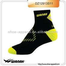 Nouvelles chaussettes d'élite de conception pour courir, chaussettes de compression, chaussettes hommes