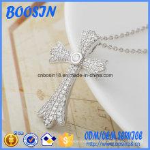 Collier pendentif croix en argent sterling personnalisé d'usine pour la décoration