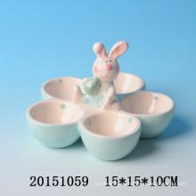 Прекрасный поднос с керамическими яйцами из пасхального кролика
