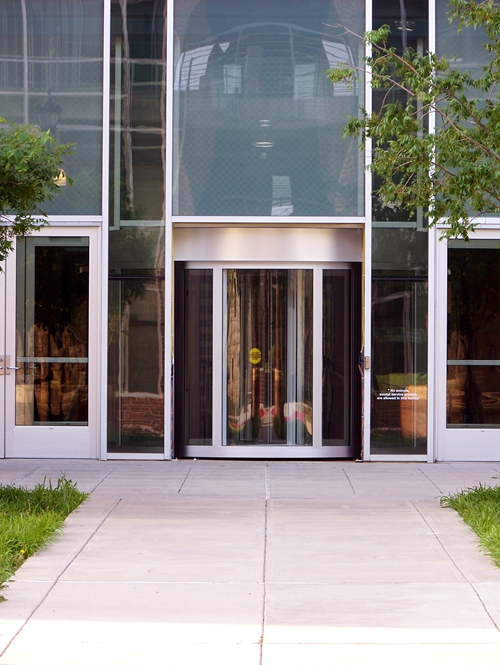 Two-wing Revolving Doors for Forum Buildings