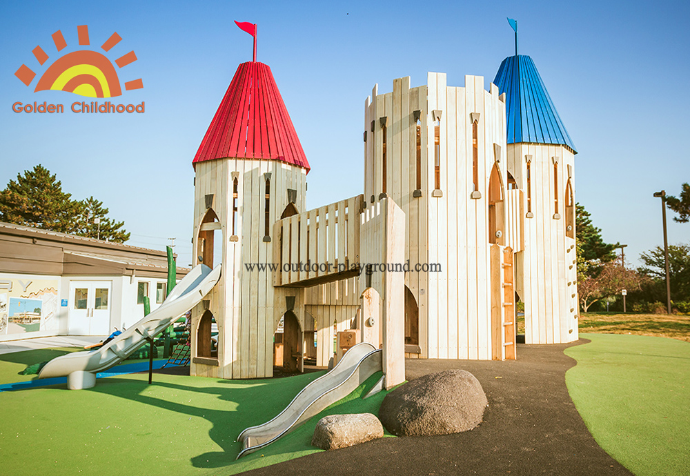 Natural Playground Wooden Towers
