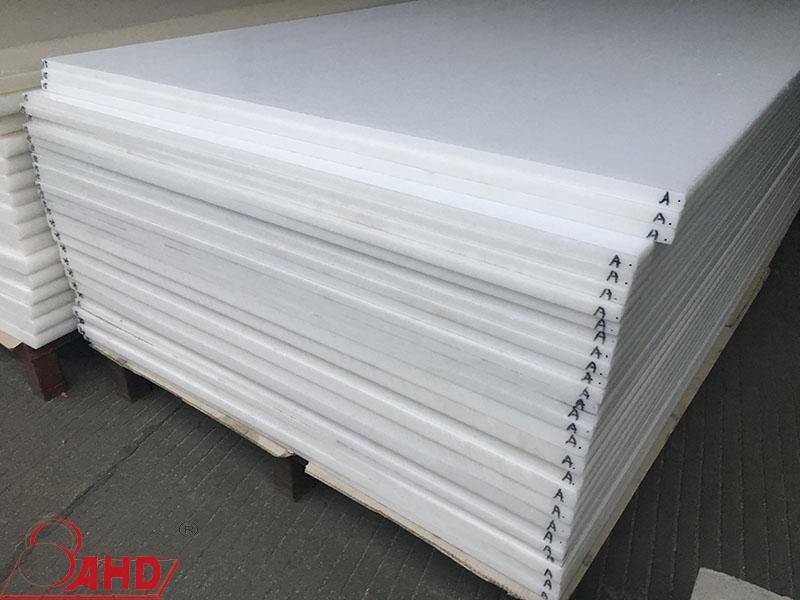 Extruded Delrin Sheet