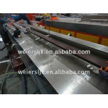 Perfiles de suelos/suelo de WPC PE fabricación de máquina