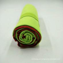 A atividade exterior transporta facilmente a toalha do curso da tela de Microfiber da camurça
