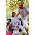 2016 Vente chaude en stock couleur grise imprimé enfants pyjamas de Noël ordinaire