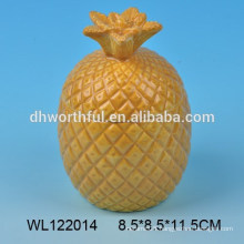 Lovely ceramic condiment set with pineapple design